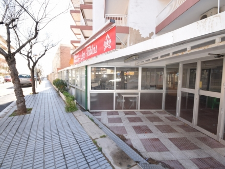 VENTA LOCAL COMERCIAL RESTAURANTE EN LA PINEDA
