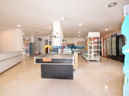 VENTA LOCAL COMERCIAL SUPERMERCADO EN LA PINEDA